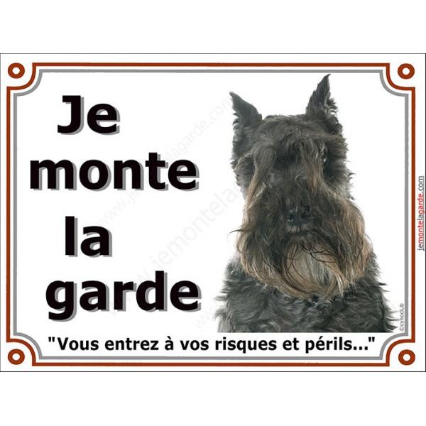 """Schnauzer noir, plaque portail """"Je Monte la Garde, risques et périls"""" panneau photo pancarte attention au chien"""