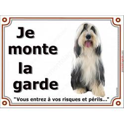 """Bearded Collie noir et blanc assis, plaque """"Je Monte la Garde"""" 4 tailles LUX B"""