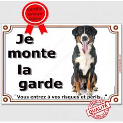 Bouvier Suisse Assis, Plaque portail Je Monte la Garde, panneau affiche pancarte, risques périls, attention au chien photo