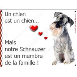 Plaque 16 cm LOVE, Membre de la Famille, Schnauzer Poivre et Sel Assis