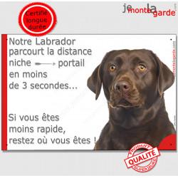 """Labrador Marron Chocolat, plaque humour """"parcourt distance Niche - Portail"""" pancarte photo panneau drôle attention Chien photo"""